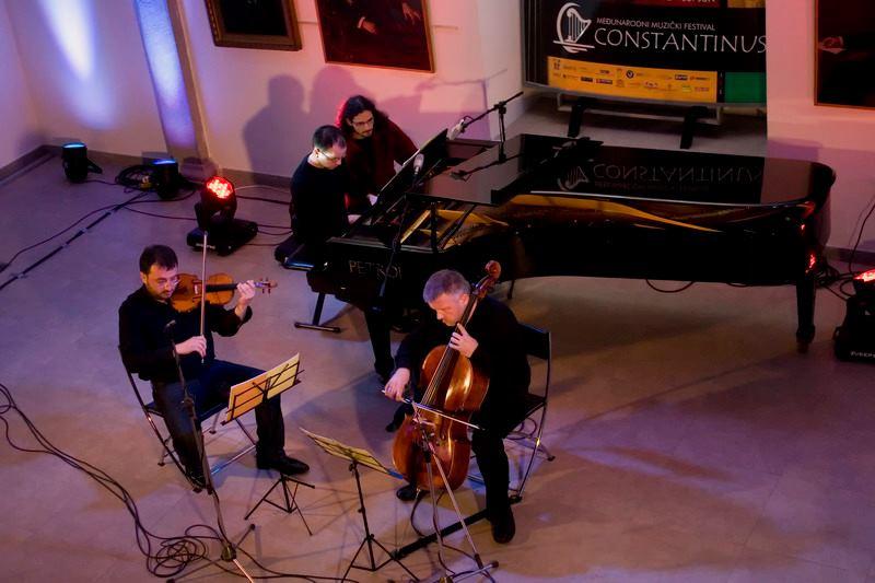 constantinus-2010-8